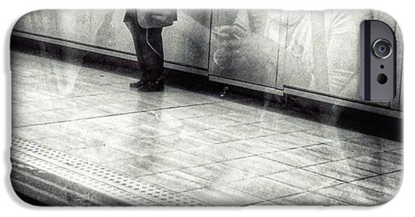 Señor #metro #underground #subway IPhone 6 Case