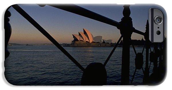 Sydney Opera House IPhone 6 Case