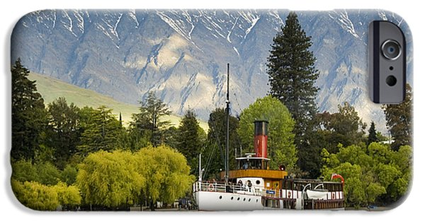 IPhone 6 Case featuring the photograph The Earnslaw by Werner Padarin