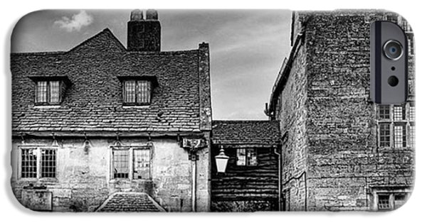 iPhone 6 Case - The Lygon Arms, Broadway by John Edwards