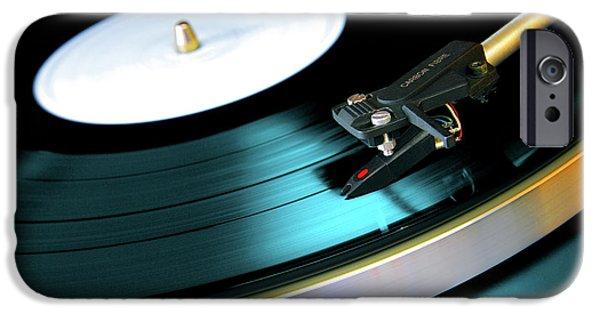 Retro iPhone 6 Case - Vinyl Record by Carlos Caetano