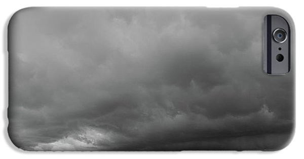 Nebraskasc iPhone 6 Case - Storm Chasin In Nader Alley 009 by NebraskaSC