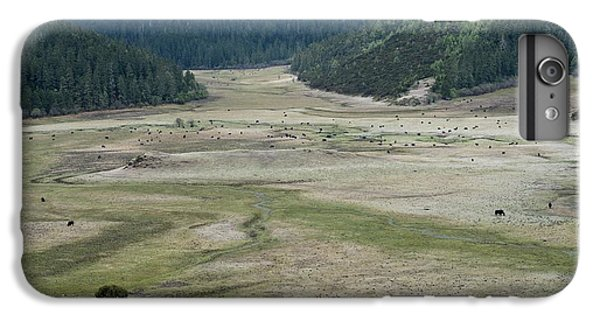 A Herd Of Yaks In Potatso National Park IPhone 6 Plus Case