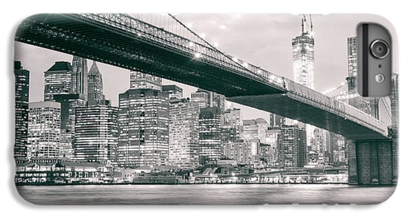 Brooklyn Bridge And New York City Skyline At Night IPhone 6 Plus Case