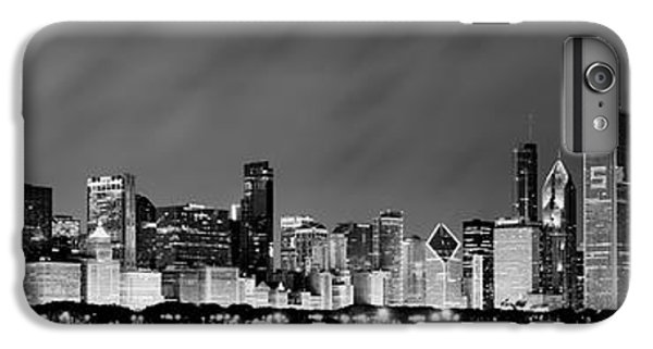 Chicago Skyline At Night In Black And White IPhone 6 Plus Case