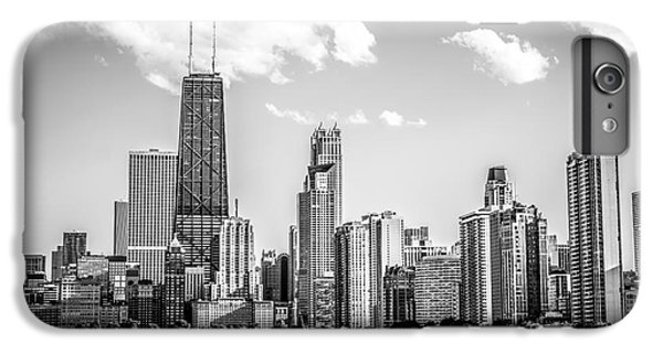 Chicago Skyline Picture In Black And White IPhone 6 Plus Case by Paul Velgos