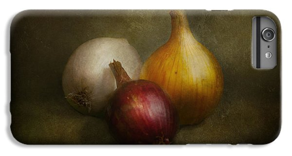 Food - Onions - Onions  IPhone 6 Plus Case by Mike Savad