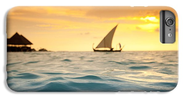 Water Ocean iPhone 6 Plus Case - Golden Dhoni Sunset by Sean Davey