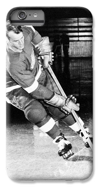 Gordie Howe Skating With The Puck IPhone 6 Plus Case