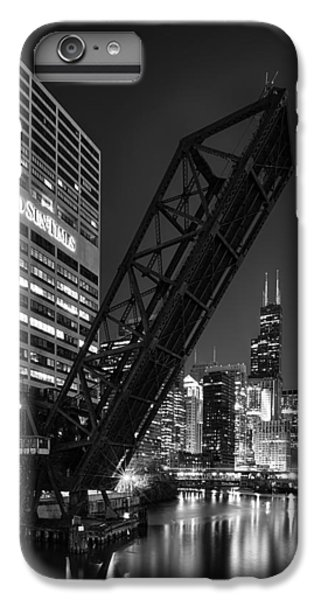 Kinzie Street Railroad Bridge At Night In Black And White IPhone 6 Plus Case