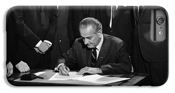 Lbj Signs Civil Rights Bill IPhone 6 Plus Case