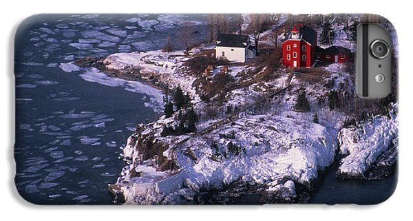 Marquette iPhone 6 Plus Case - Marquette Harbor Lighthouse by Panoramic Images