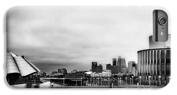 Minneapolis From The University Of Minnesota IPhone 6 Plus Case by Tom Gort