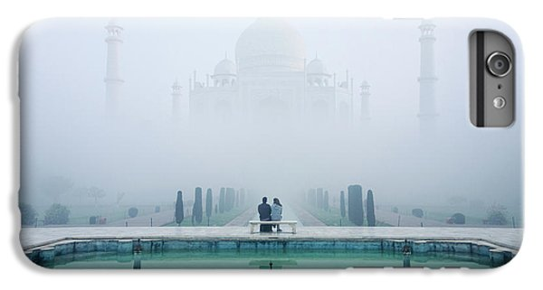 Misty Taj Mahal IPhone 6 Plus Case