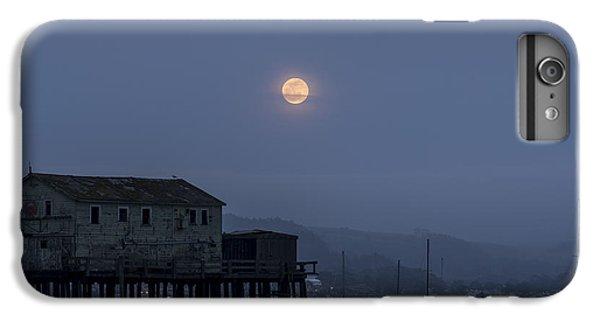 Moonrise Over The Harbor IPhone 6 Plus Case