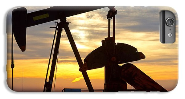 Oil Pump Sunrise IPhone 6 Plus Case