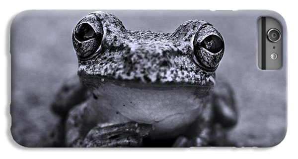 Pondering Frog Bw IPhone 6 Plus Case by Laura Fasulo