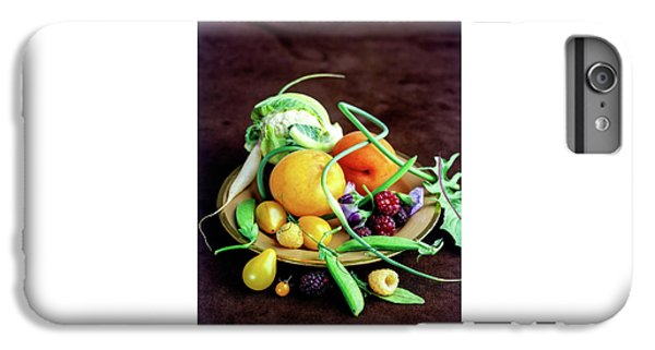 Seasonal Fruit And Vegetables IPhone 6 Plus Case