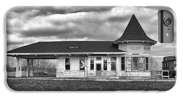 IPhone 6 Plus Case featuring the photograph Sturtevant Old Hiawatha Depot by Ricky L Jones