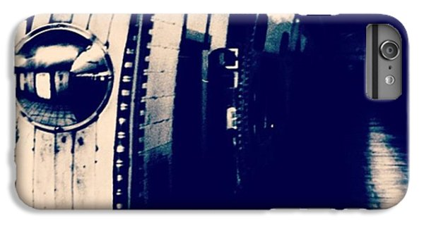 #london #londonpop #underground #bnw IPhone 6 Plus Case