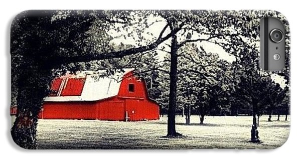 Red Barn IPhone 6 Plus Case