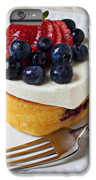 Cheese Cream Cake With Fruit IPhone 6 Plus Case