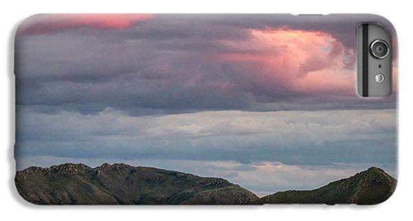 Glow In Clouds IPhone 6 Plus Case
