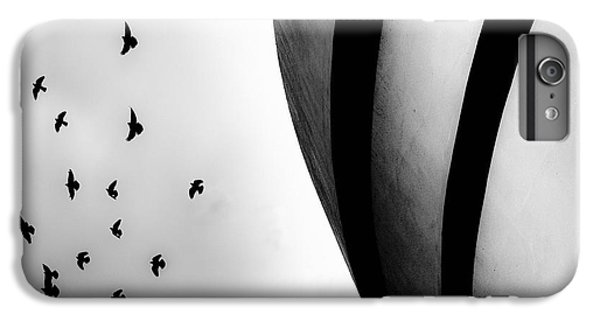 Guggenheim Museum With Pigeons IPhone 6 Plus Case by Dave Beckerman