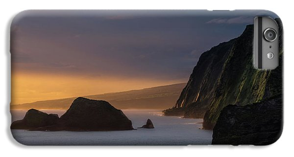Pacific Ocean iPhone 6 Plus Case - Hawaii Sunrise At The Pololu Valley Lookout by Larry Marshall