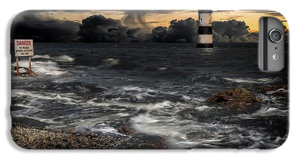 Lighthouse Storm IPhone 6 Plus Case