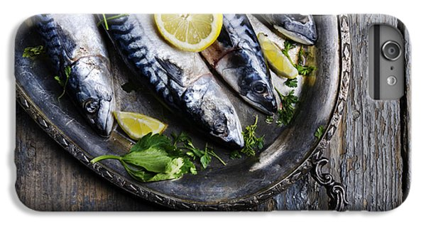 Mackerels On Silver Plate IPhone 6 Plus Case