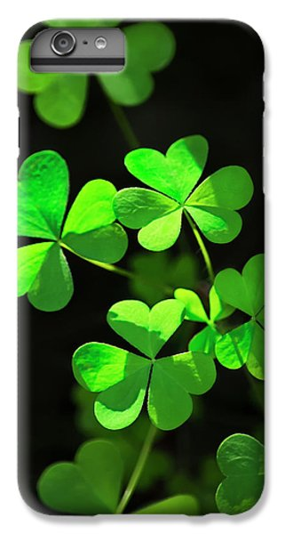 Perfect Green Shamrock Clovers IPhone 6 Plus Case
