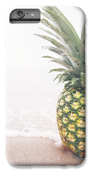 Pineapple On The Beach IPhone 6 Plus Case