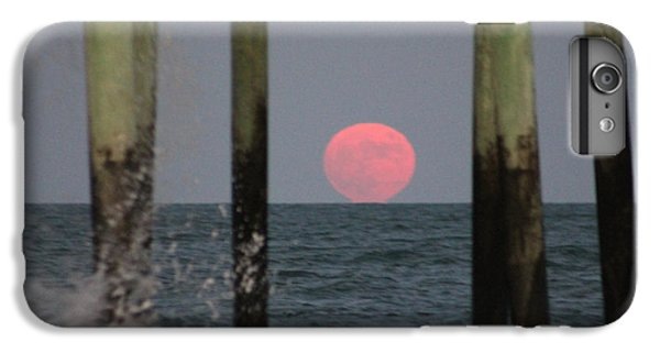 Pink Moon Rising IPhone 6 Plus Case