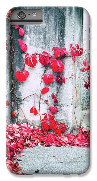 IPhone 6 Plus Case featuring the photograph Red Ivy Leaves by Silvia Ganora