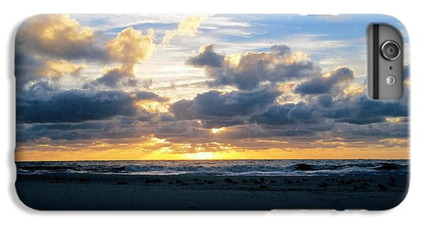 Seagulls On The Beach At Sunrise IPhone 6 Plus Case