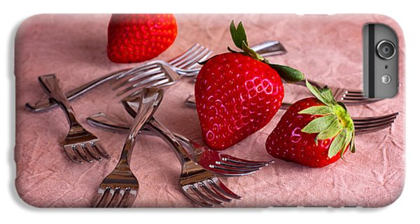 Strawberry Delight IPhone 6 Plus Case