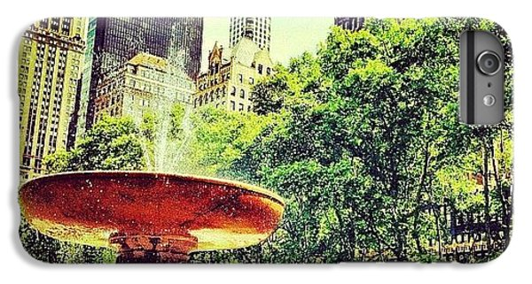 Summer In Bryant Park IPhone 6 Plus Case