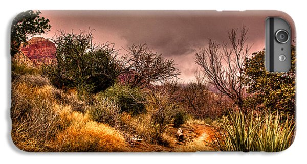 Traveling The Trail At Red Rocks Canyon IPhone 6 Plus Case