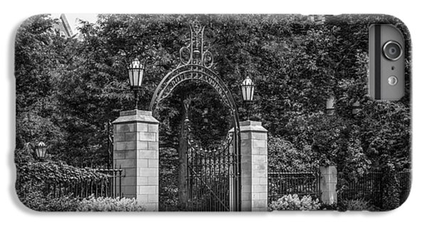 University Of Chicago Hull Court Gate IPhone 6 Plus Case by University Icons