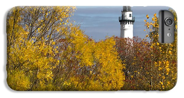Wind Point Lighthouse In Fall IPhone 6 Plus Case