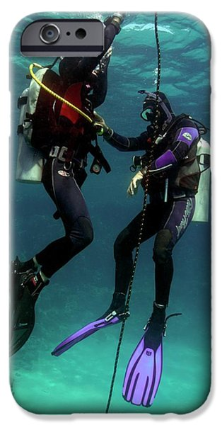 Scuba Diver iPhone 6s Case - Diving Student And Instructor by Louise Murray