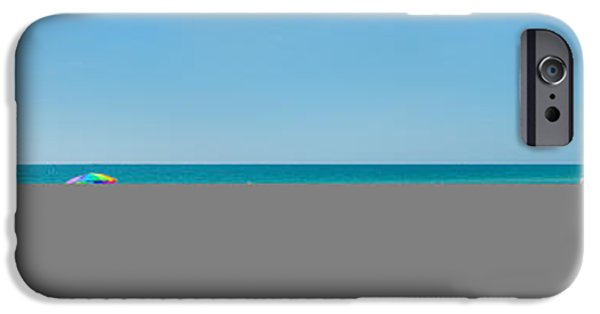 People On The Beach, Venice Beach, Gulf IPhone 6s Case