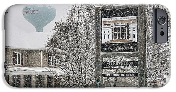 The Whitehouse Inn Sign 7034 IPhone 6s Case by Jack Schultz