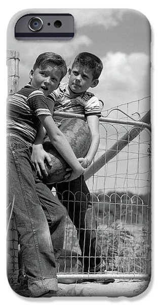 1950s Two Farm Boys In Striped T-shirts IPhone 6s Case