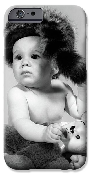 1960s Baby Wearing Coonskin Hat IPhone 6s Case