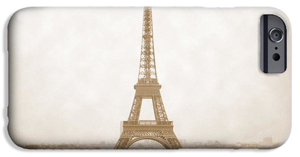 A Walk Through Paris 5 IPhone 6s Case