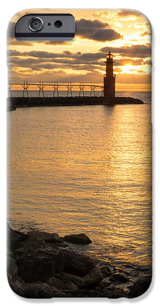 Across The Harbor IPhone 6s Case by Bill Pevlor