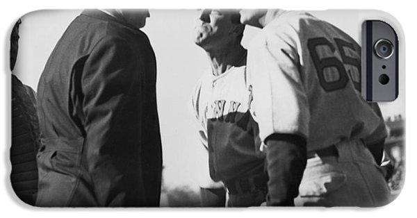 Baseball Umpire Dispute IPhone 6s Case by Underwood Archives