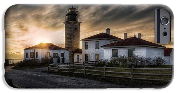 New England Coast iPhone 6s Case - Beavertail Lighthouse Sunset by Joan Carroll